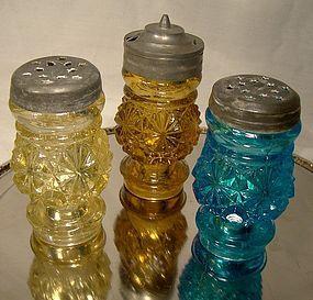 DAISY & BUTTON COLOURED EAPG 3 Pc. GLASS CRUET SET